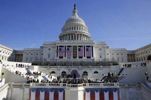 Washington čakajú rozsiahle obmedzenia, Trumpova inaugurácia prebehne už v piatok