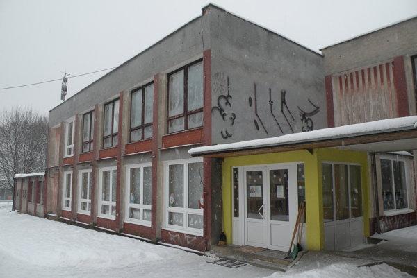 Od výstavby v roku 1972 do škôlky na Hrabovskej ceste výraznejšie neinvestovali.