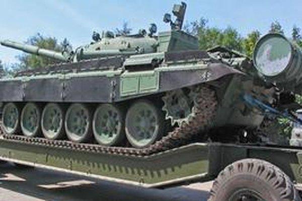 Tank T-72.
