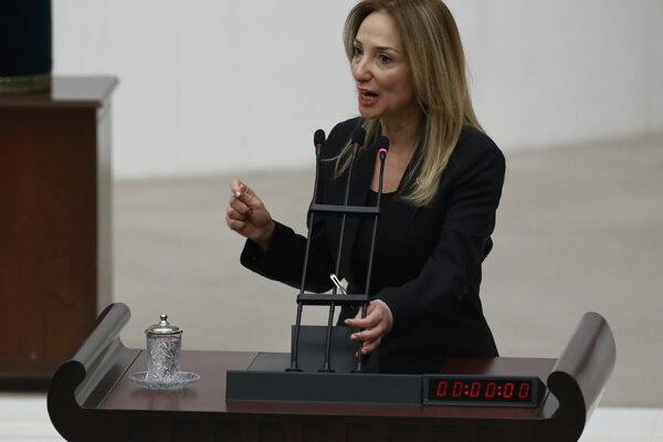 Nezávislá poslankyňa Aylin Nazliakaová.