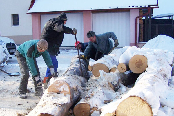 Ľudí vTurčianskej Štiavničke neodradili od pomoci druhým ani silné mrazy.