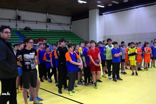 Spoločná fotka tímov.
