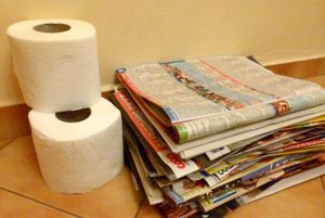 Staré časopisy a noviny sa dajú vymeniť za hygienické potreby.