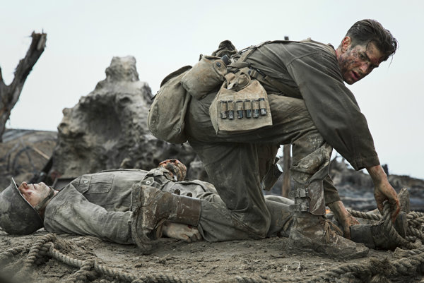 Dráma Hacksaw Ridge: Zrodenie hrdinu je prekvapením oscarových nominácií. Akoby americká filmová akadémia vzala na milosť jeho režiséra Mela Gibsona.