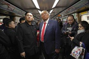Kim Čong-un a Donald Trump takmer ako živí.