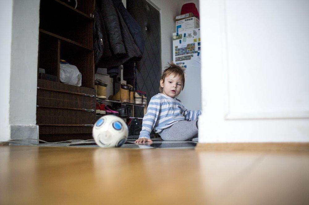 Filipko sa narodil s detskou mozgovou obrnou. Jedna rehabilitácia stojí tristo až šesťsto eur.