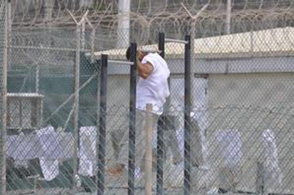 V Guantáname sme športovali, tu sú nám stále v pätách strážnici, hovorí bývalý americký zajatec.