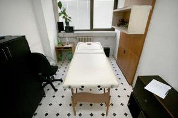 Masérsky stôl na ministerstve spravodlivosti.
