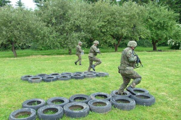 Výcvik prvých dobrovoľných vojakov prebiehal v Martine.