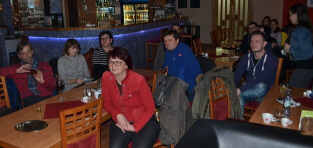 Beseda s cestovateľmi z Horehronia sa stretla v Hnúšti s pozitívnym ohlasom.