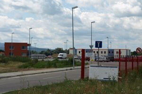 Pozemky v prievidzskom priemyselnom parku opäť patria mestu.