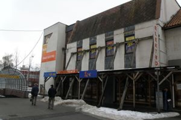 Obchodný dom Šafran chce jeho majiteľ rekonštruovať.