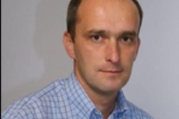 Eduard Gábriš je novým trénerom ŠK Javorník Makov.