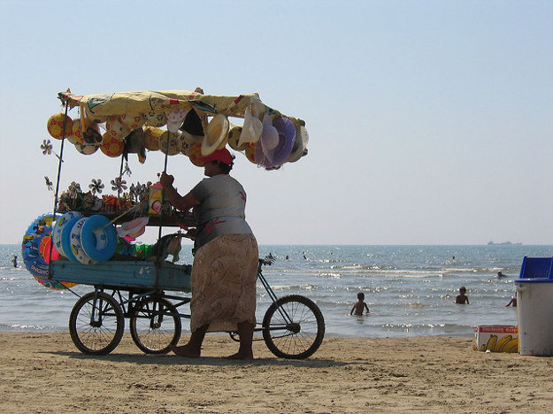 Durres je obľúbenou destináciou aj pre piesočné pláže.