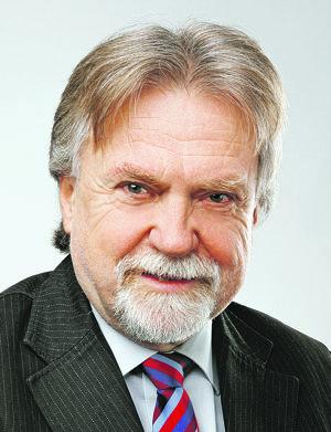 Dušan Jarjabek.