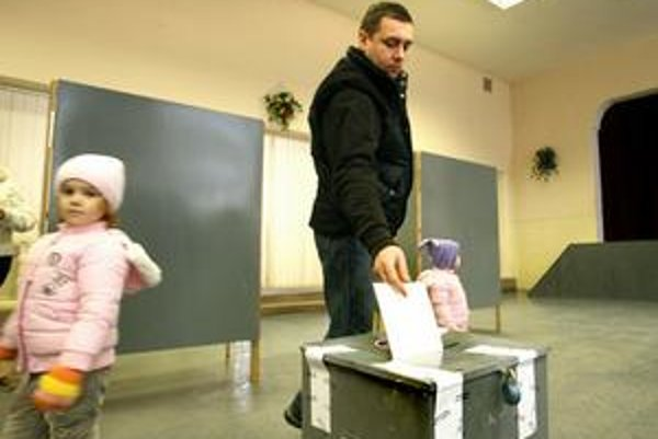 Pre platnosť referenda v Lieskovci chýbalo iba 31 hlasov