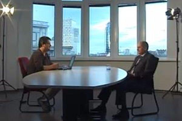 Zakladateľ KDH a jeho dlhoročný predseda Ján Čarnogurský v diskusii s Karolom Sudorom.