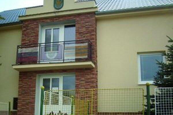 Vlani budovu úradu v obci kompletne zrekonštruovali.