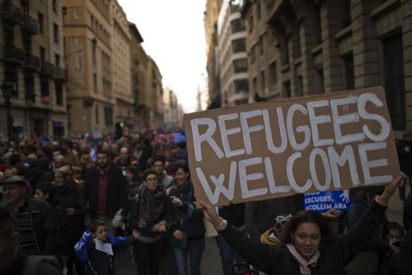 V Barcelone vyjadrili utečencom podporu tisíce ľudí.