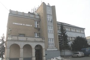 Gymnázium sv. Andreja v Ružomberku.