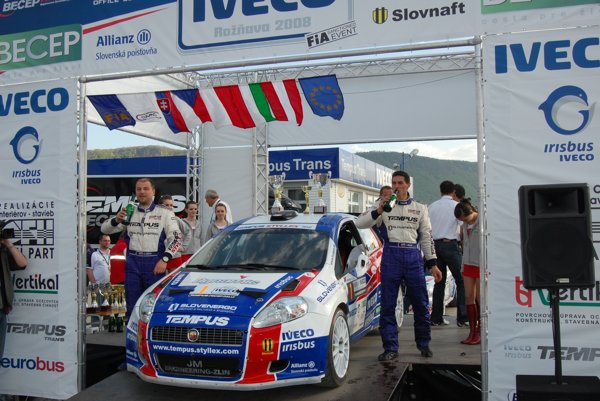 Víťazom ostatnej 9. Rally Iveco Rožňava v roku 2008 bola posádka J. Béreš ml./ R. Müller.