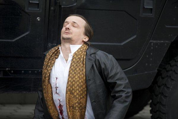 Dano Heriban ako mafián v Únose. Film je o udalostiach, o ktorých Dominik Dán písal už v knihe Popol všetkých zarovná.