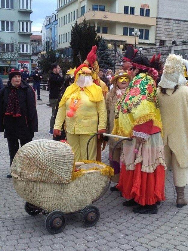 Masky boli od výmyslu sveta.
