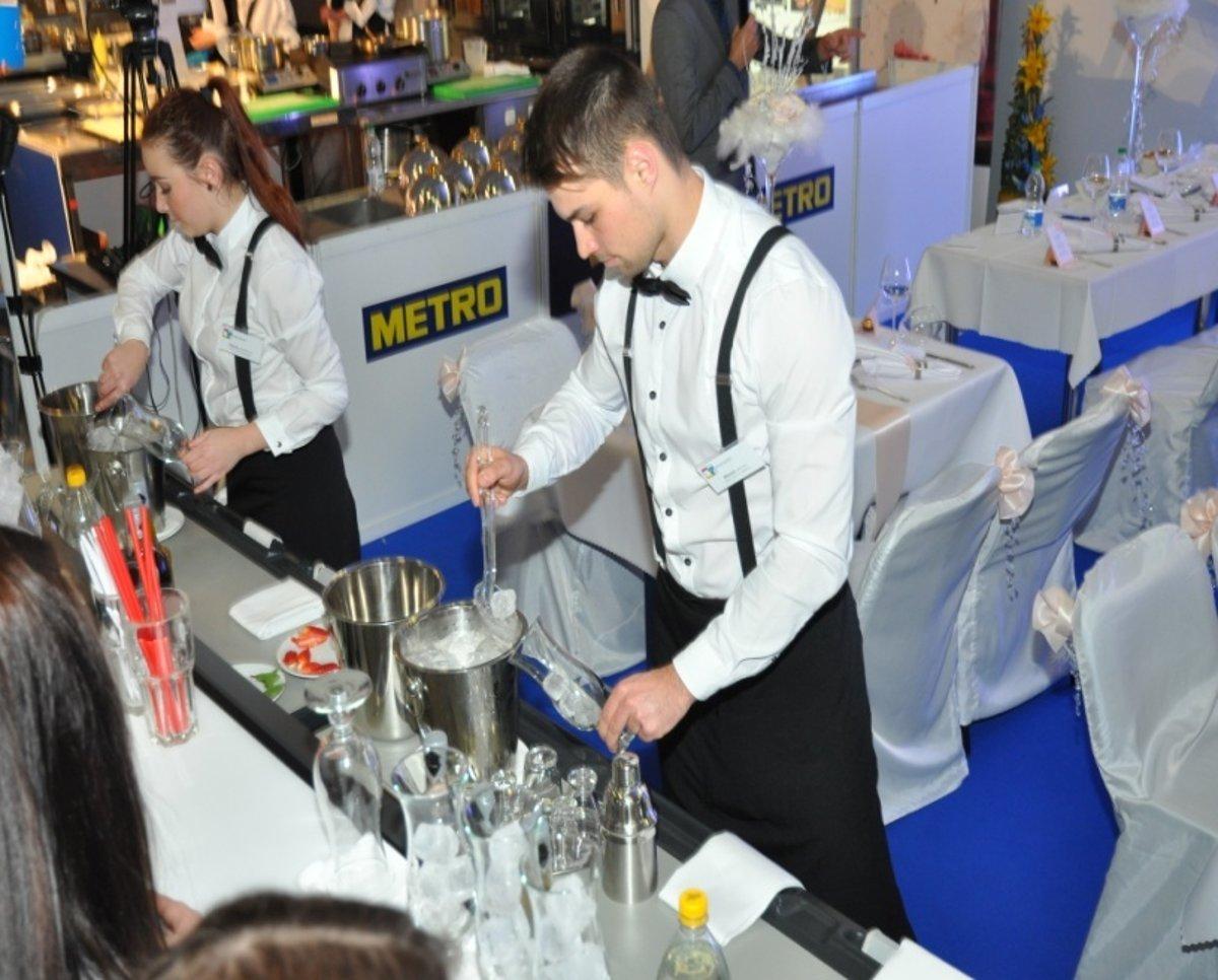 Žiaci sa pod vedením pedagógov každoročne úspešne zúčastňujú odborných  súťaží pre kuchárov ed32b55df49