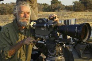 Dereck Joubert sa spolu s manželkou Beverly venuje dokumentovaniu života mačkovitých šeliem už 25 rokov.