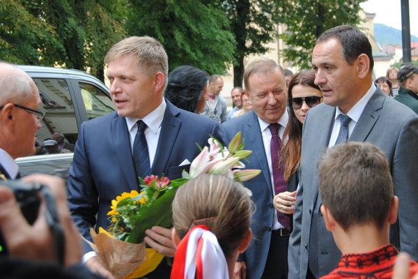Ficova vláda v Sabinove sľúbila zvýšiť zamestnanosť.