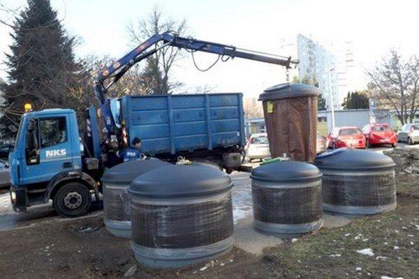 Riešenie v Nitre. Vydali sa cestou polopodzemných kontajnerovísk už v roku 2014.