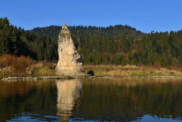 Čertova skala pri Chmeľnici.