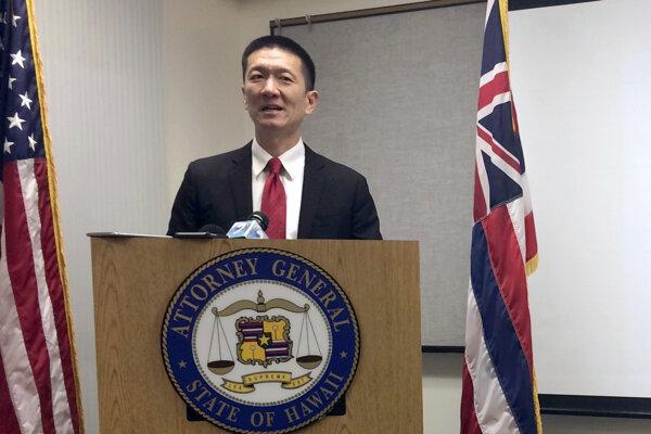 Generálny prokurátor Douglas Chin.