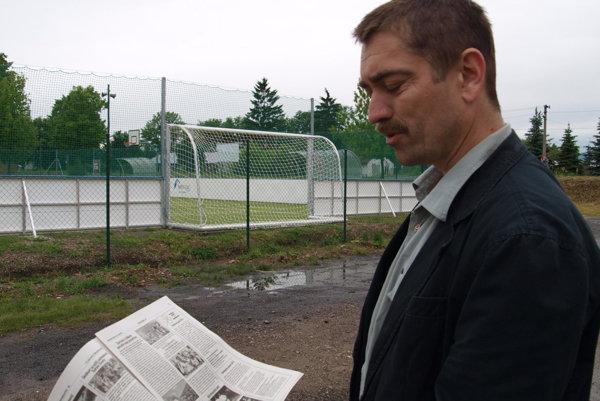 Michal Žurav v roku 2014 pri otvorení ihriska na počesť zavraždeného mestského poslanca a advokáta Mareka Rakovského.
