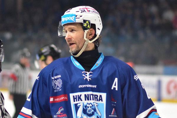 Juraj Štefanka dosiahol v 56 zápasoch 33 bodov (14 gólov a 19 asistencií).
