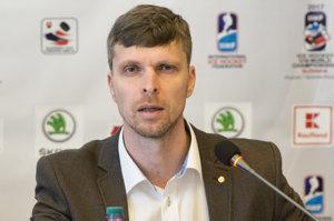 Tréner slovenskej reprezentácie do 18 rokov Norbert Javorčík.