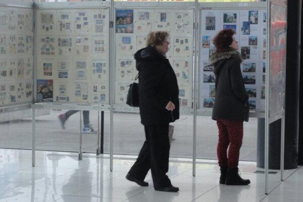 Výstava Svet známok potrvá do 26. marca.