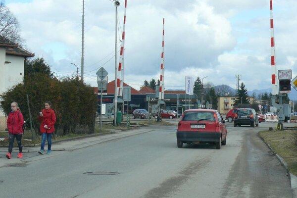 Oprava železničného priecestia vKošťanoch potrvá asi päť dní.
