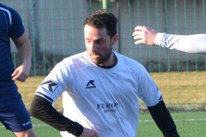 Marián Grznár prišiel do H. Obdokoviec z Hrušovian a v nedeľnom zápase sa zapísal aj do streleckej listiny.