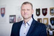 Riaditeľ Národnej jednotky boja proti nelegálnej migrácii na policajnom prezídiu Adrián Begáň.