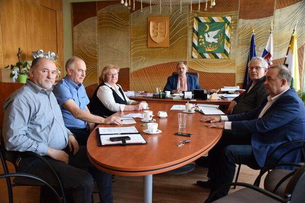 Rokovanie petičného výboru vKrásne nad Kysucou.