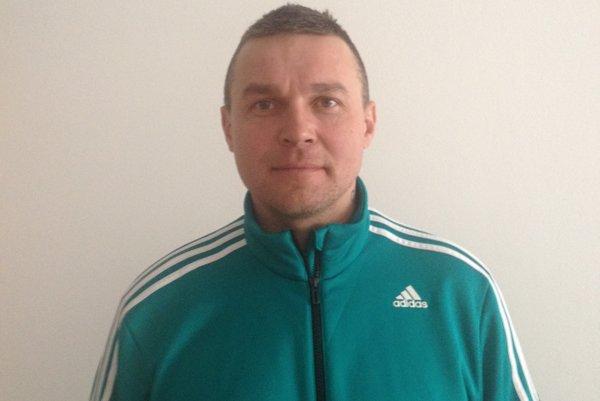 Tréner ŠK Čierne Jozef Privarčák.