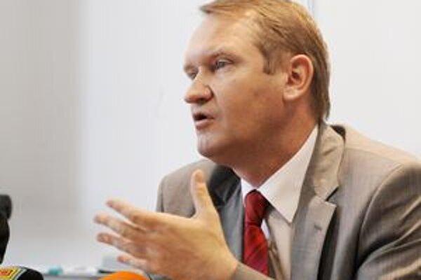 Šéf daňového riaditeľstva Igor Šulaj v kontrolách nemieni poľaviť.