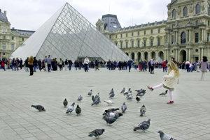 Moderná architektúra uprostred historického skvostu. Nie každý si to vedel predstaviť.