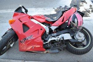 Počas prvého aprílového víkendu zasahovali policajti pri piatich nehodách motorkárov.
