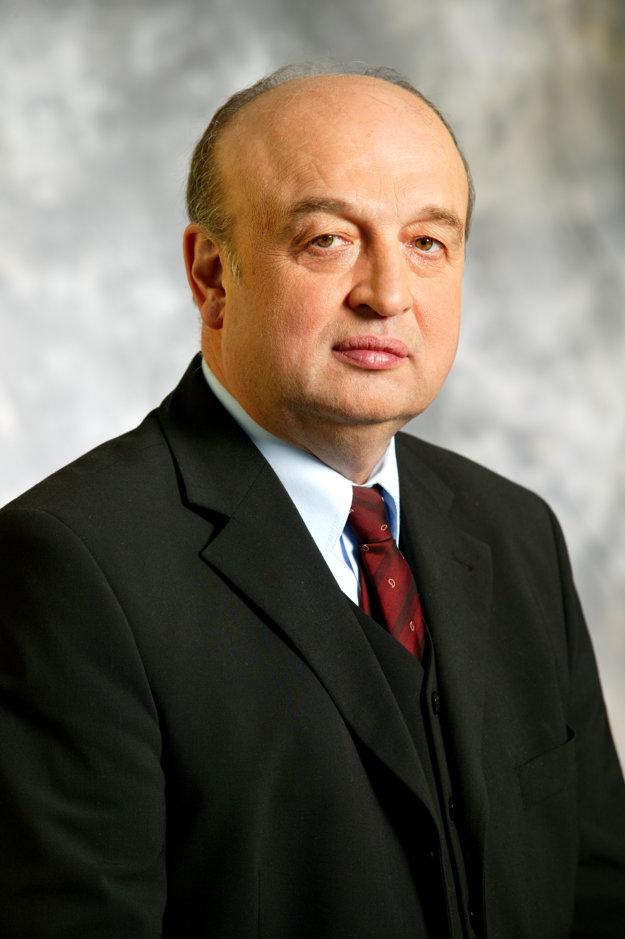 Podľa slov predsedu predstavenstva COOP Jednota Čadca Miroslava Janíka zatvorenie obchodov počas sviatkov podporujú.