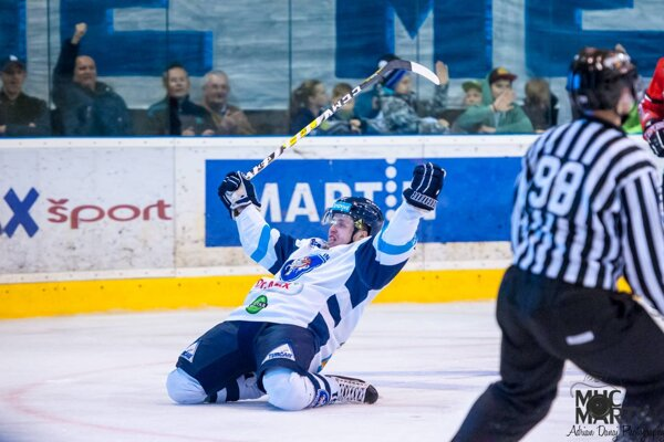 Radosť bola na mieste. Jaro Markovič sa takto tešil z premiérového gólu v play off.