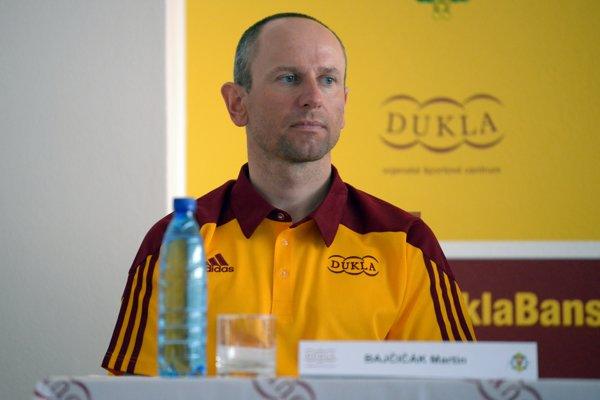 Spolupráca Martina Bajčičáka s biatlonistkami priniesla výsledky.
