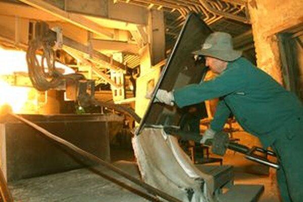 Novácke chemické závody dodávajú na európsky trh okrem iných komodít aj karbid vápnika.