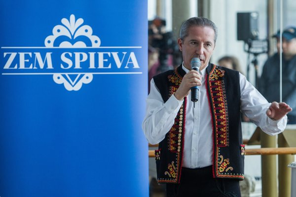 Václav Mika hovorí, že Zem spieva by mala pokračovať aj bez neho.